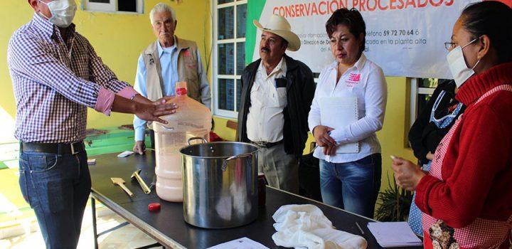 Inicia primer taller del año de alimentos en conserva en Ixtapaluca