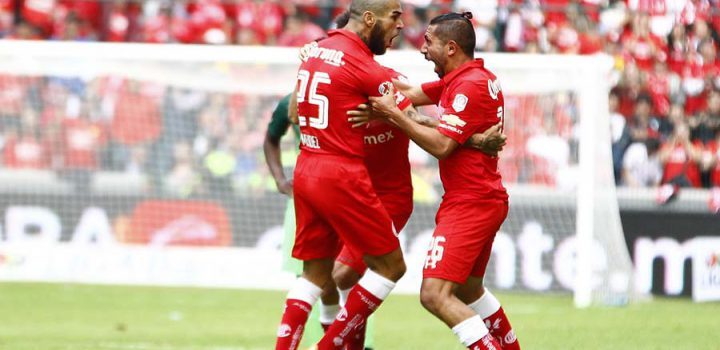 Continúa racha ganadora del Toluca, le pegó 2-0 a Celaya