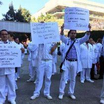 Bloquean médicos Vallejo por inseguridad