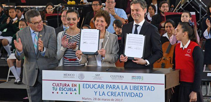 Unen esfuerzos la Secretaría de Educación Pública y la Secretaría de Cultura para llevar el arte y la cultura a las escuelas
