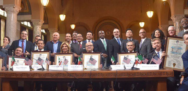 Reunión de gobernadores de México con Concejo de la Ciudad de Los Ángeles