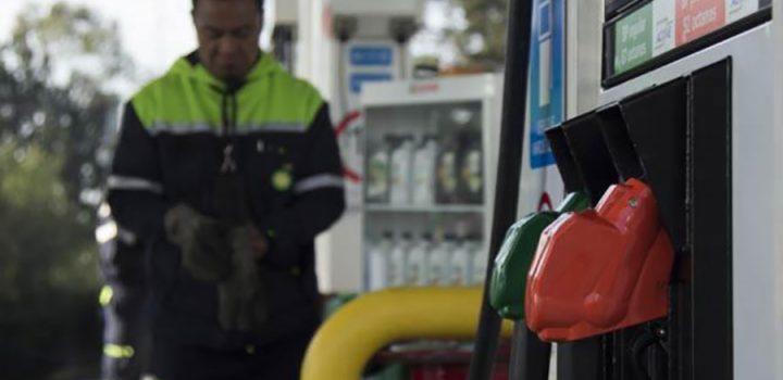 Caen hasta 50% ventas en gasolineras por comercio ilegal