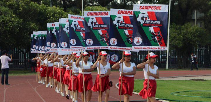 Inauguró Antorcha Torneo Nacional de Futbol;en México hace falta que el gobierno apoye más al deporte