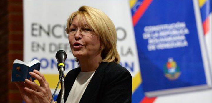Maduro dice que la ex fiscal lideraba red de corrupción