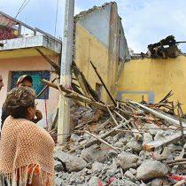 Ayudan a ciudadanos de Metepec, una de las zonas más afectadas por el sismo