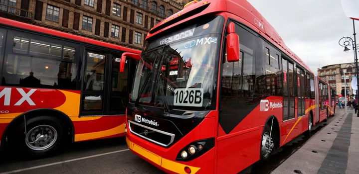 Entregan 33 unidades Euro V para mejorar servicio de Metrobús