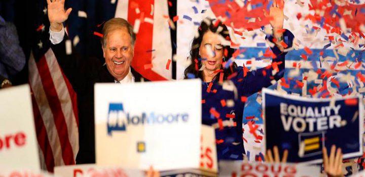 Trump sufre una derrota crucial en Alabama por las acusaciones de acoso a su candidato ultra al Senado