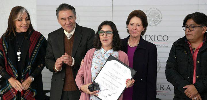 Distinguen con el Premio Nacional de la Cerámica a artesanos mexicanos