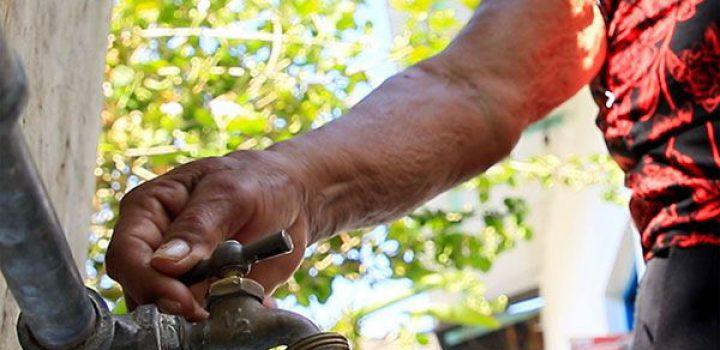 ¡Habitantes de Chiapa de Corzo pagan por agua que no tienen!