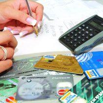 Debe ciudadanía evitar endeudamiento tras caída de la bolsa: Académico de la UAM