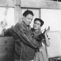 Muestran la vida íntima y cotidiana de Frida Kahlo en 54 imágenes de Nickolas Muray