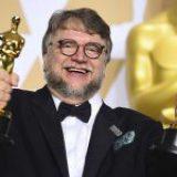 """Los Oscar a Guillermo del Toro, la """"inclusión""""y el negocio"""