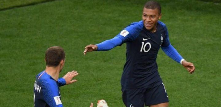 Francia eliminó a Perú y pasó a octavos