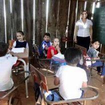 Jóvenes que no reciben educación; víctimas de la pobreza
