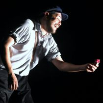 Dante Gaspar cautiva al público en el Teatro Orientación