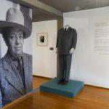 Despliegan mirada íntima sobre Diego Rivera a través de su indumentaria