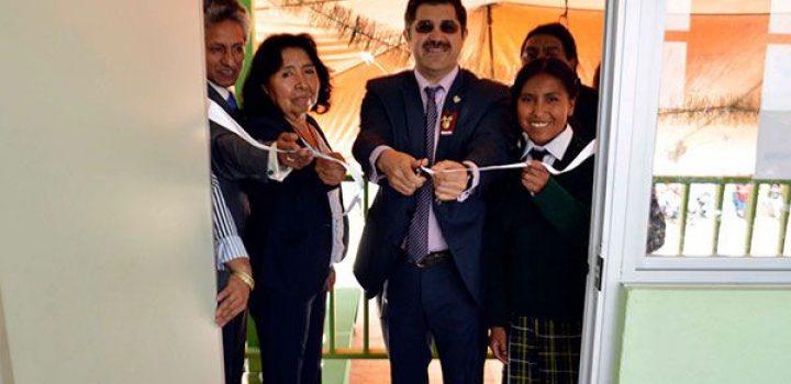 Antorcha y Brasil Acosta benefician a estudiantes nahuas de Texcoco