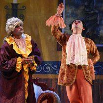 El teatro es un antídoto para los males del mundo: Antorcha