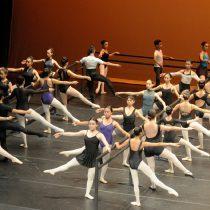 Hay que ser muy obsesivo para ser bailarín de ballet: Isaac Hernández