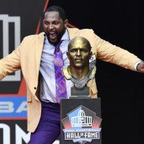 Ray Lewis entra al salón de la fama de la NFL