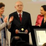 Otorgan la Medalla Bellas Artes de Arquitectura al ingeniero, investigador y catedrático Roberto Meli
