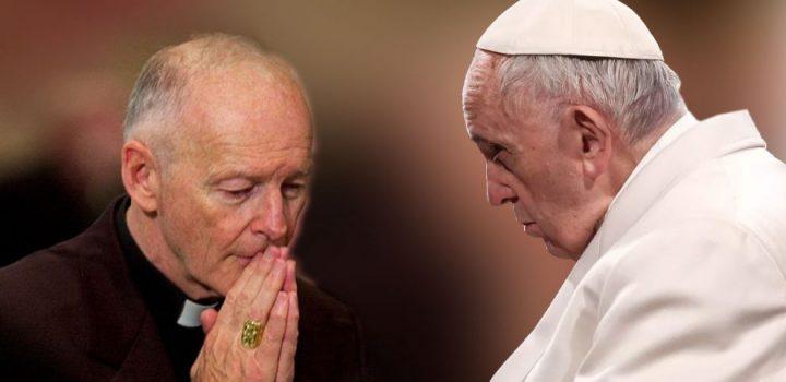 El papa convoca una reunión de obispos por casos de abuso