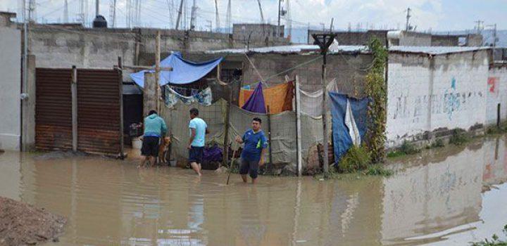 Inundación en colonia Víctor Puebla de Texcoco pudo haberse evitado: Vecinos
