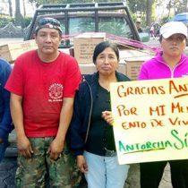 Habitantes de Tláhuac logran calentadores solares y material para vivienda