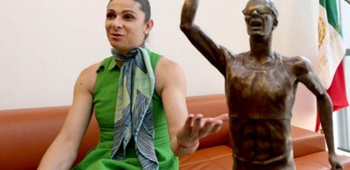 Atletas dan bienvenida a Ana Gabriela Guevara a la Conade
