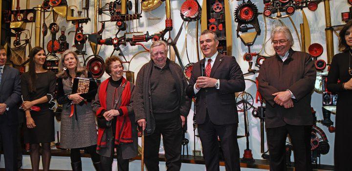 Reinauguran el mural La invención destructiva de Manuel Felguérez