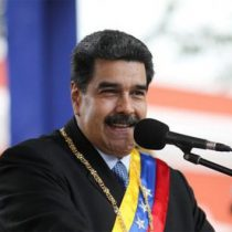 Maduro organiza concierto en la frontera para enfrentar a opositores