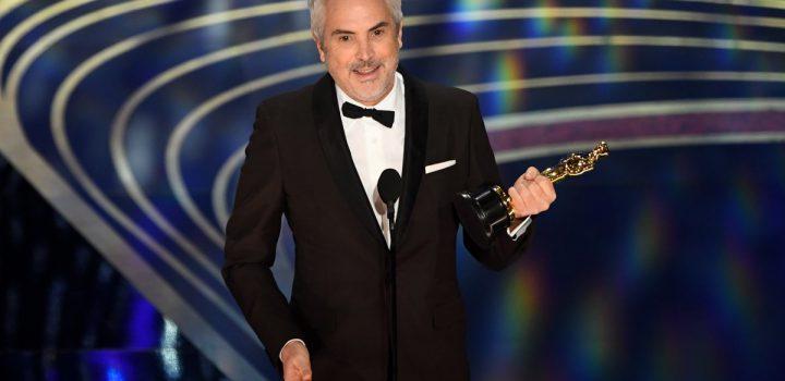 Se lleva Cuarón su primer Óscar de la noche