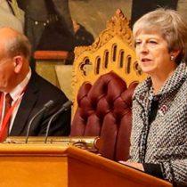 Parlamento británico aprueba plan de tres etapas para el Brexit