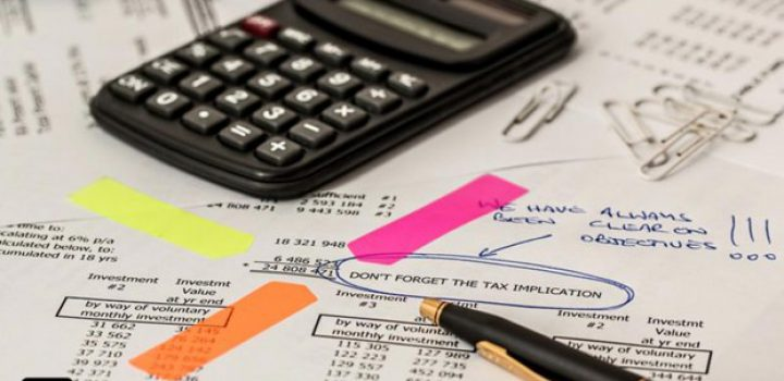 Factura electrónica combate evasión fiscal