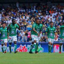 León ruge más fuerte, derrota 3-1 a Pumas en CU