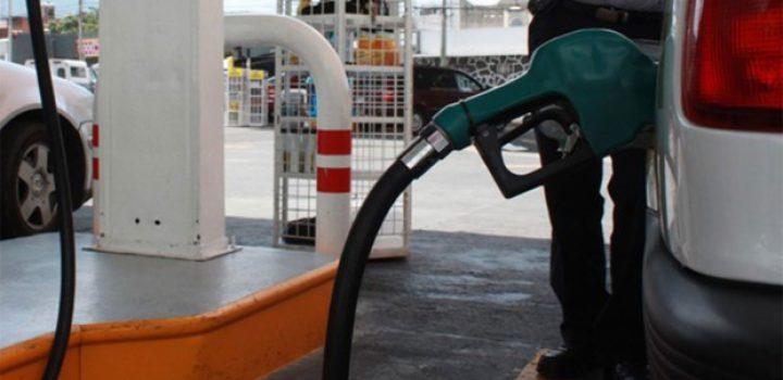 Gasolina Magna subió 78 centavos durante el último mes