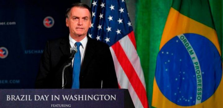 EU y Brasil deben 'liberar a Venezuela', dice Bolsonaro
