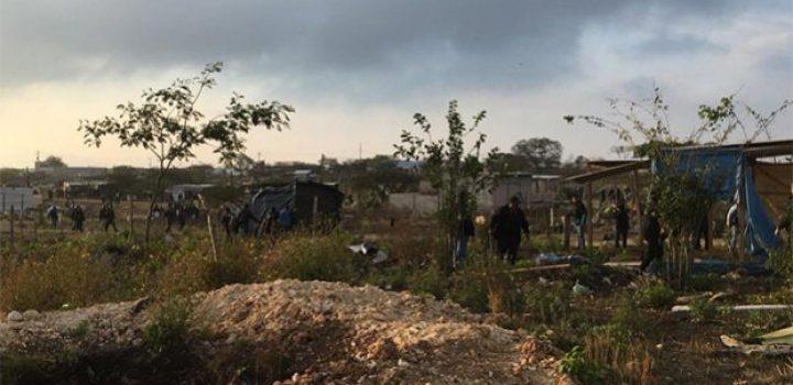 Detienen a 26 personas tras invadir predio en Chiapas