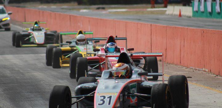 Con sexto lugar se despidió Alex García de SLP en FIA F4 NACAM