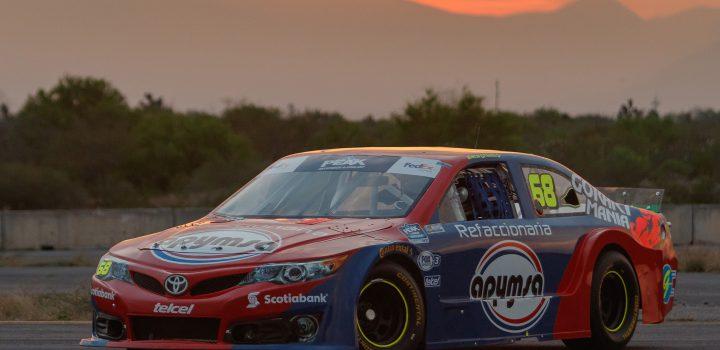 Manolín Gutiérrez, listo para afrontar la temporada 2019 de NASCAR México