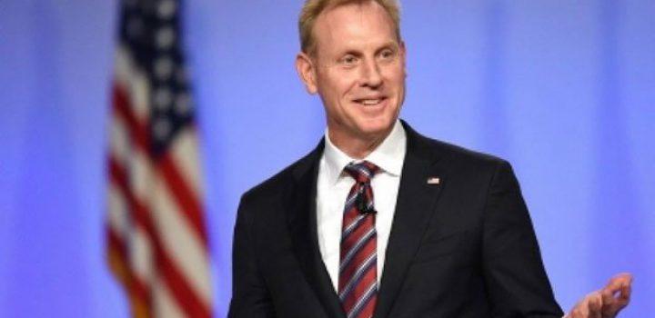 Investigan a secretario de Defensa por lazos con Boeing