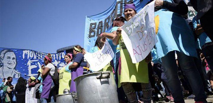 Marchan en Argentina por Jornada de Lucha Nacional