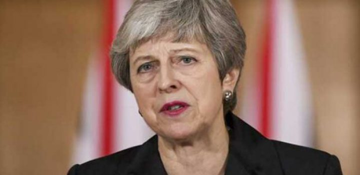 Quitan a Theresa May control del Brexit