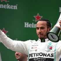 Hamilton gana GP de China