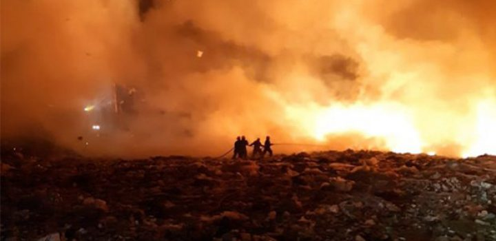 Combaten ahora incendio en vertedero de Jalisco