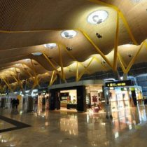 Acuchillan a mexicana en aeropuerto de Madrid