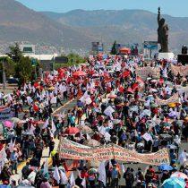 Pese a represión de Fayad; marchan miles en Pachuca