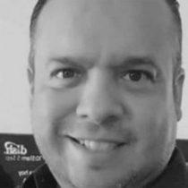 Hallan muerto a cronista de béisbol en hotel de Iztapalapa