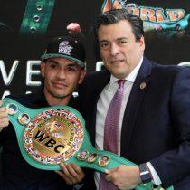 """He sufrido mucho, pero soy campeón del mundo: """"Gallo"""" Estrada"""