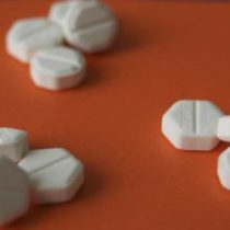 En peligro salud de miles de mujeres, adolescentes y niñas que usan misoprostol pastilla abortiva